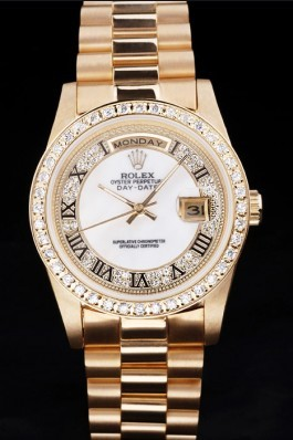 Gold Top Replica 8806 Gold Stainless Steel Strap Day-Date Luxury Watch